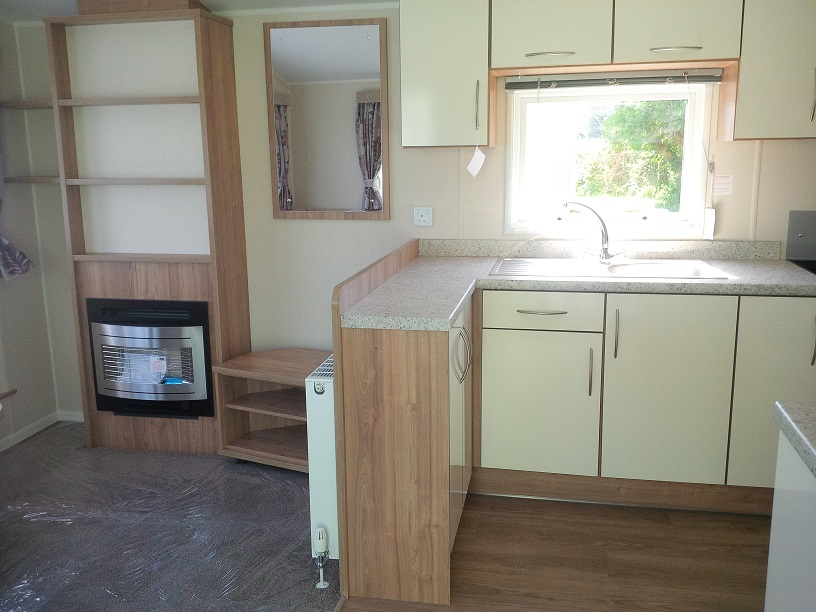 Willerby Rio Gold 3 bedrooms ideal caravans Durham Large Image 2