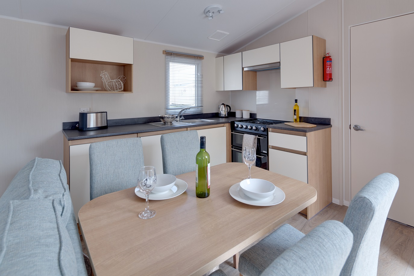 Willerby Ideal Mistral Plus+: Static Caravans and Holiday Homes for Sale on Caravan Parks, Bamburgh, Northumberland Large Image 3