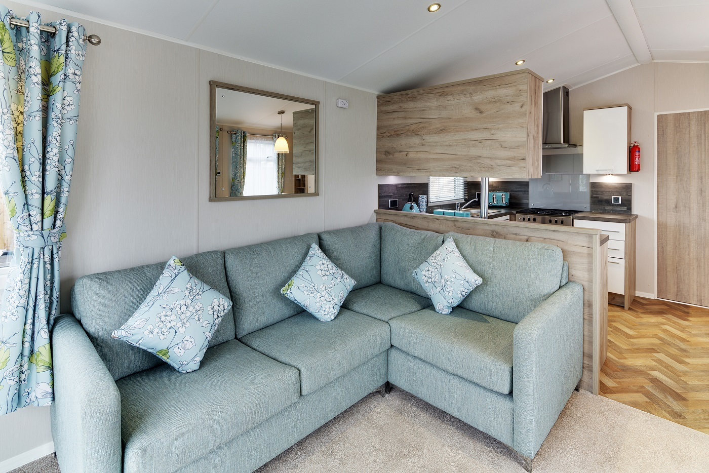 Willerby Canterbury 3 bedrooms ideal caravans Clifton Morpeth Northumberland Large Image 1