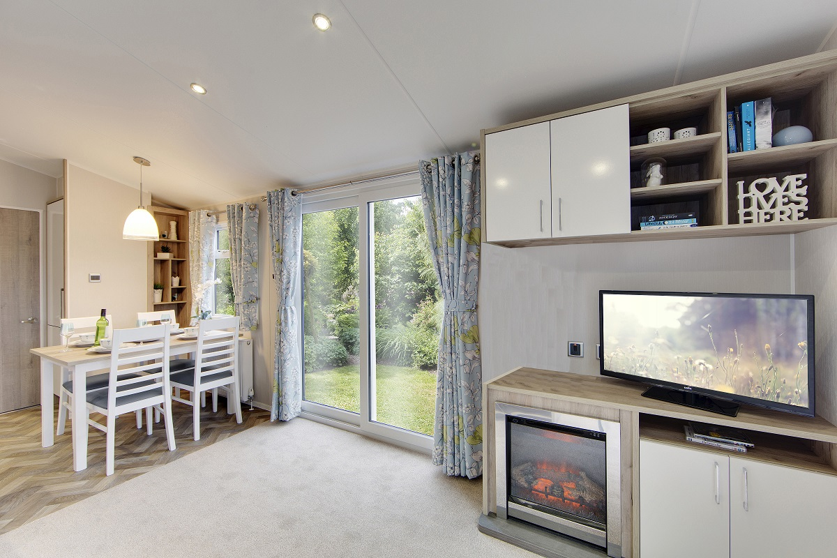 Willerby Canterbury 3 bedrooms ideal caravans Clifton Morpeth Northumberland Large Image 2