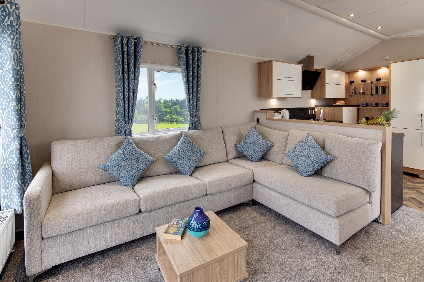 Willerby Linear available at ideal caravans Lodge specification Large Image 2