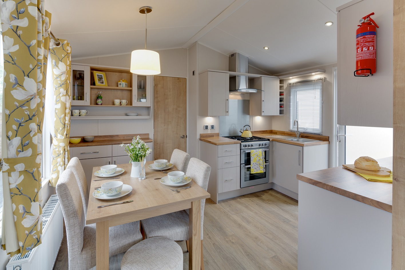 Willerby Winchester: Static Caravans and Holiday Homes for Sale on Caravan Parks, Nidderdale, North Yorkshire Large Image 3