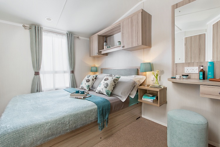 Swift Ideal Adventurer Plus+: Static Caravans and Holiday Homes for Sale on Caravan Parks, Bamburgh, Northumberland Large Image 3