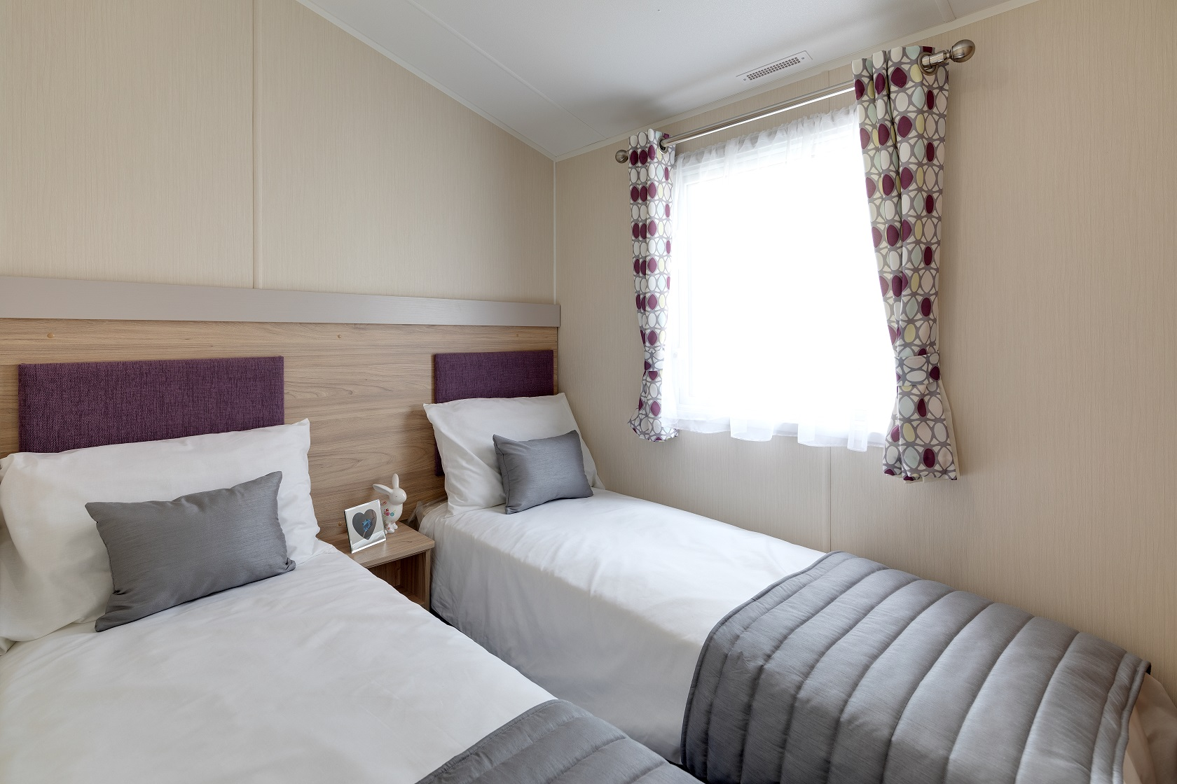 Willerby Linwood: New Static Caravans and Holiday Homes for Sale, Clifton, Morpeth Large Image 4