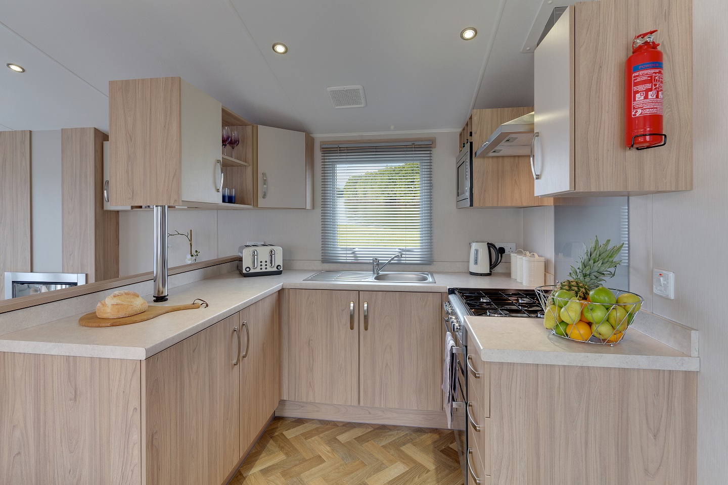 Willerby Brockenhurst: New Static Caravans and Holiday Homes for Sale, Clifton, Morpeth Large Image 2