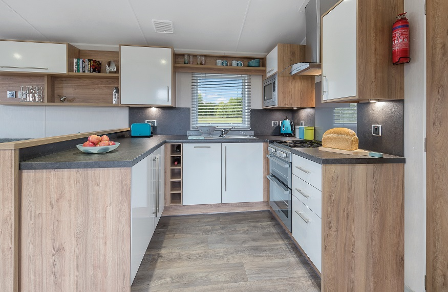 Willerby Granada: Static Caravans and Holiday Homes for Sale on Caravan Parks, Berwick, Scottish Borders Large Image 2