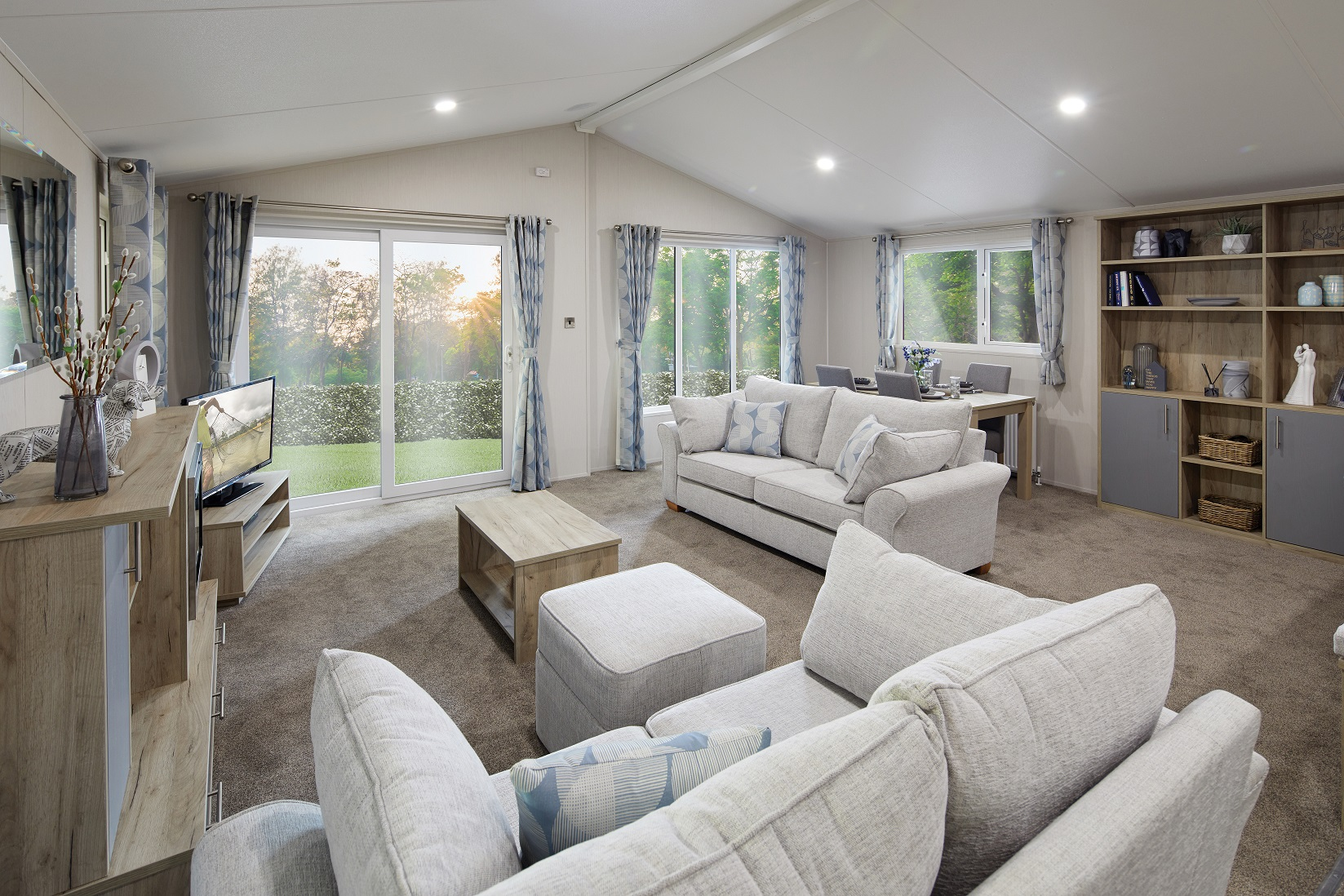 Willerby Clearwater: Static Caravans and Holiday Homes for Sale on Caravan Parks, Richmond, North Yorkshire Large Image 1