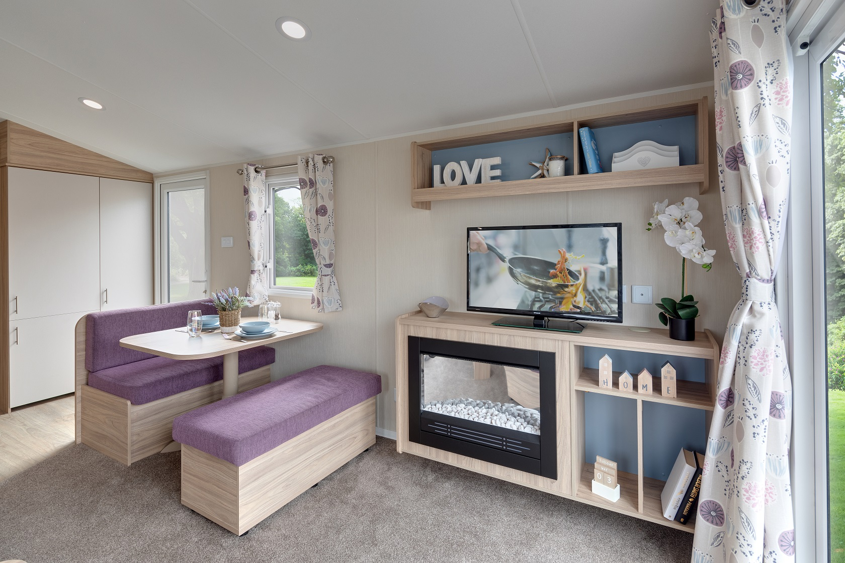 Willerby Linwood: New Static Caravans and Holiday Homes for Sale, Langley Moor, Durham Large Image 2