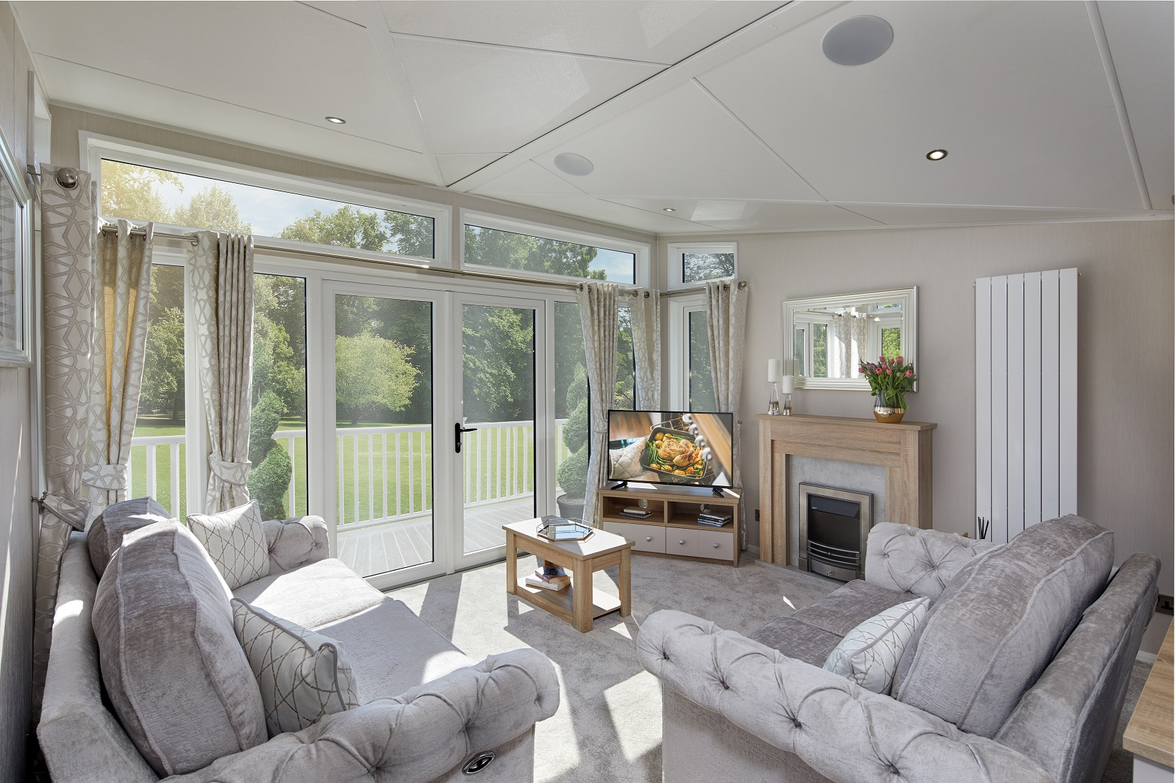 Willerby Vogue Classique: New Static Caravans and Holiday Homes for Sale, Clifton, Morpeth Large Image 1