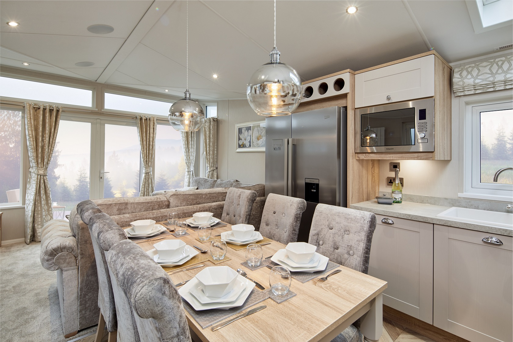 Willerby Vogue Classique - 13 foot - 2 Bedrooms: New Static Caravans and Holiday Homes for Sale, Available to Order Large Image 1