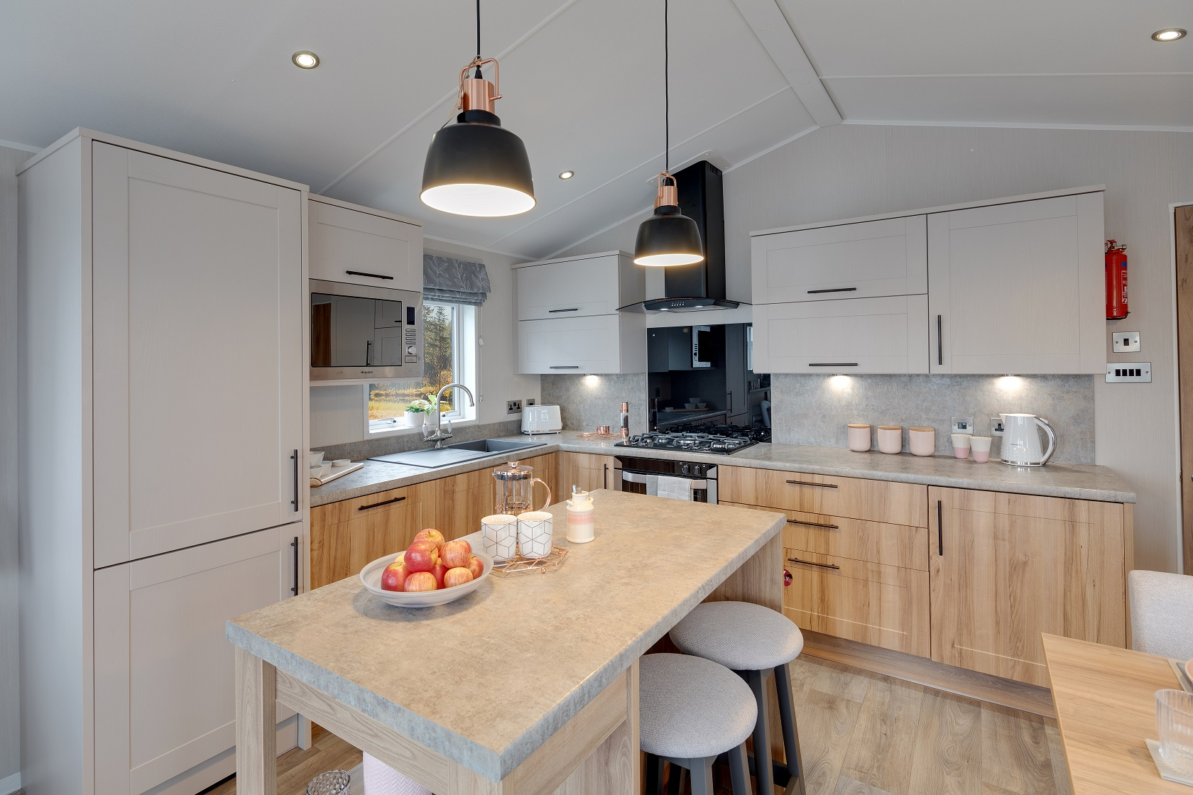 Swift Moselle Lodge: Static Caravans and Holiday Homes for Sale on Caravan Parks, Thirsk, North Yorkshire Image 2