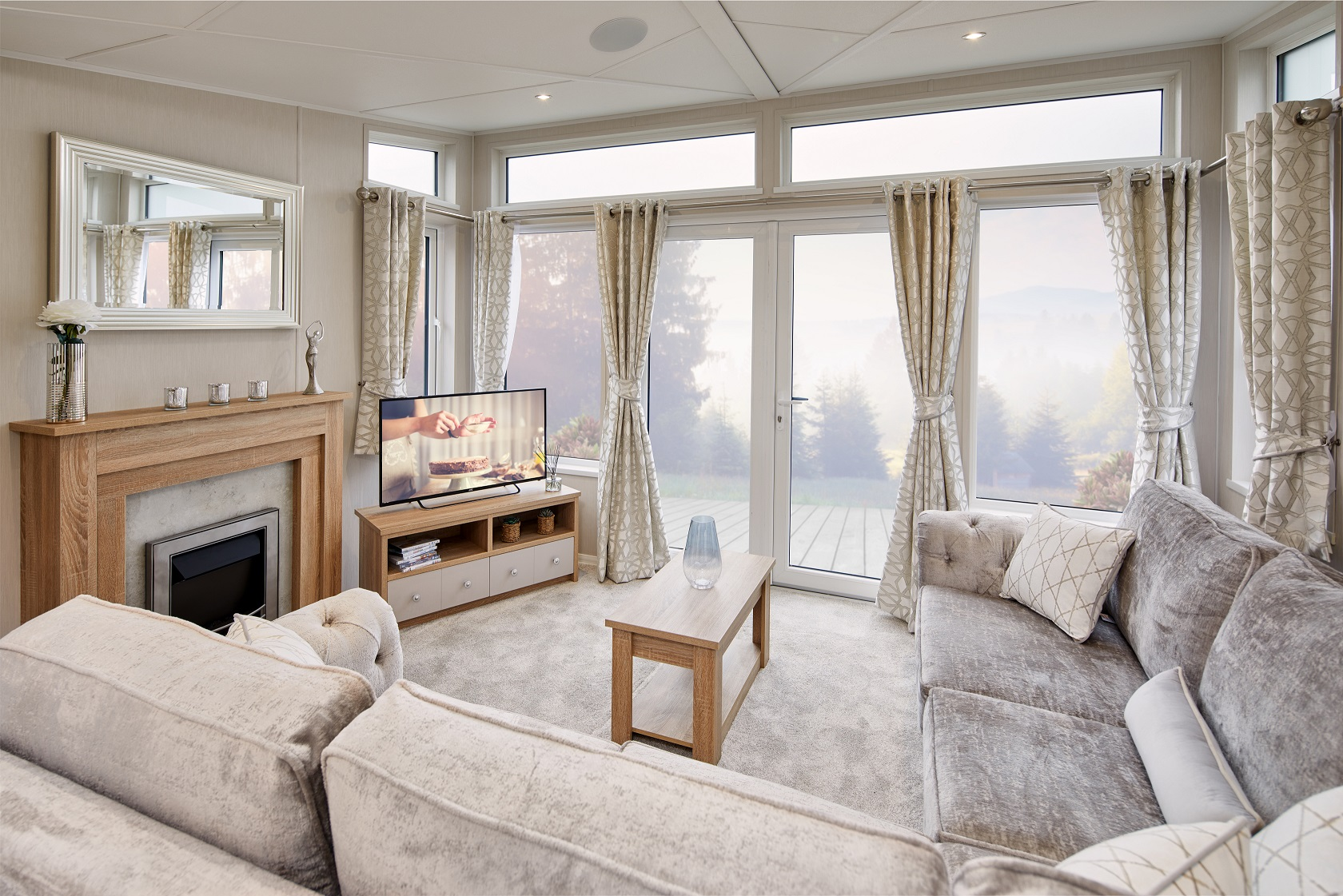 Willerby Vogue Classique - 13 foot - 2 Bedrooms: New Static Caravans and Holiday Homes for Sale, Available to Order Image 2