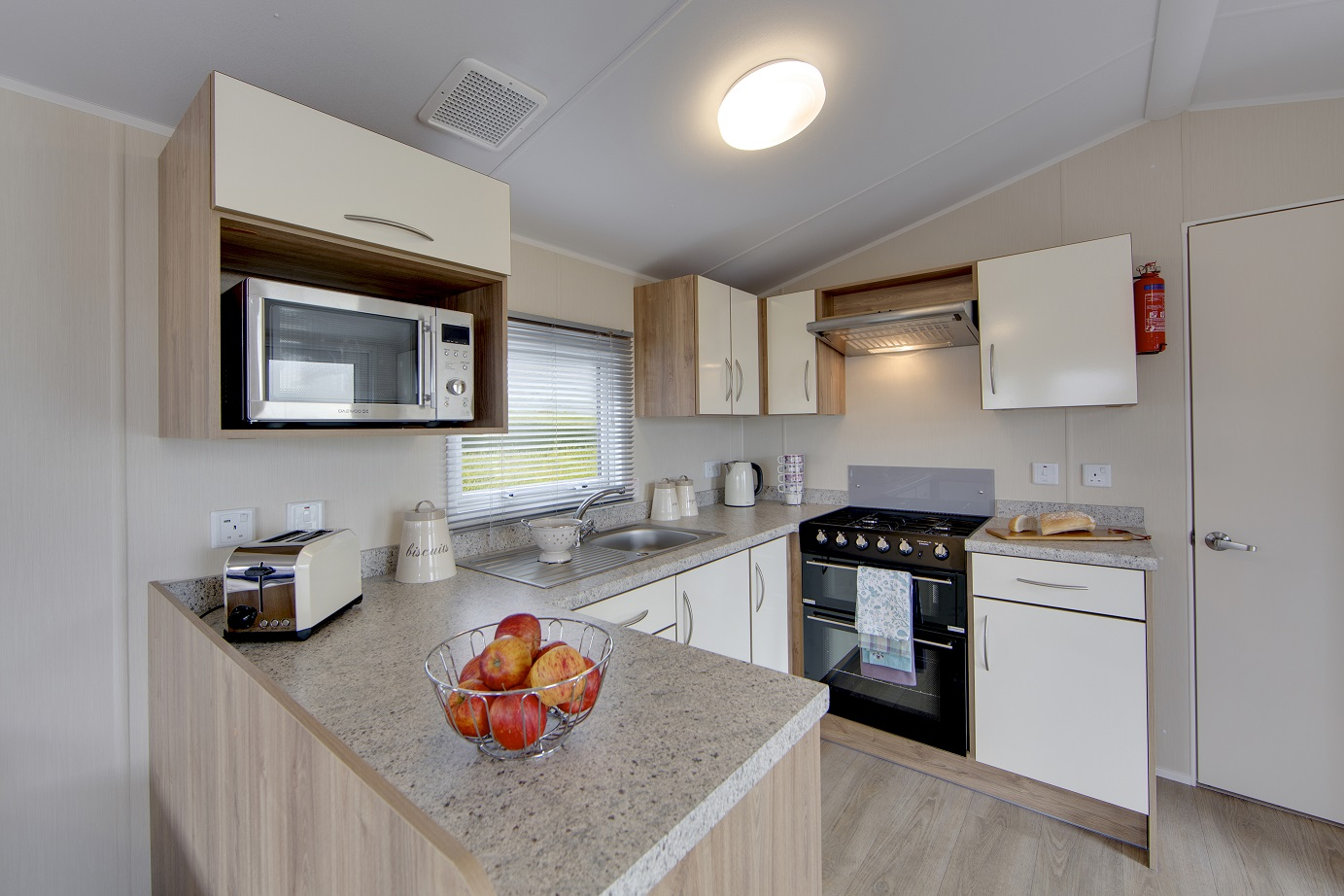 Willerby Rio Gold: Static Caravans and Holiday Homes for Sale on Caravan Parks, Stanhope, Durham and Weardale Image 2